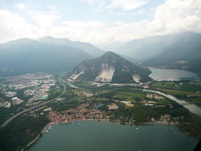 Foto aerea di lago mergozzo foto volo in elicottero sul for Lago di mergozzo