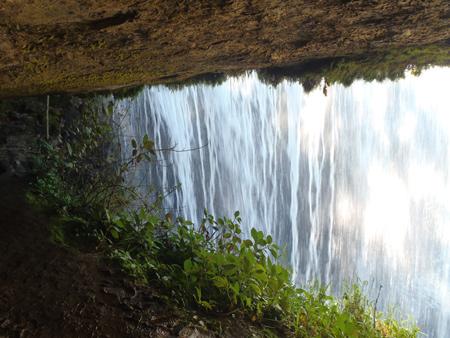Dentro la cascata in San Gil